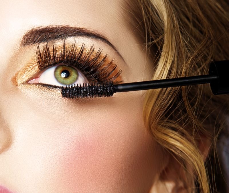 Best Way To Apply Eye Makeup Without Using Eyeliner