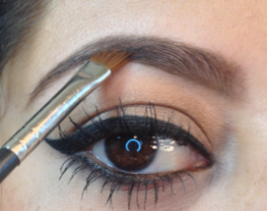 best way to apply eye makeup 05