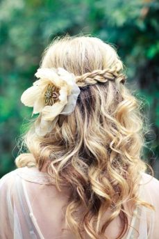 Hairstyles for long hair 56