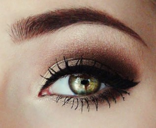 How to do smokey eyes 05