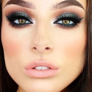 How to do smokey eyes 06