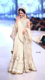 Best bridal lehengas 17