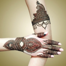 mehndi designs by Mujahid Hussain 14