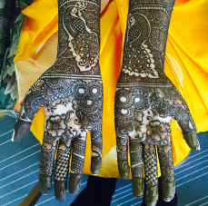 mehndi designs by Mujahid Hussain 23