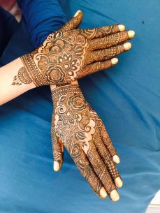 mehndi designs by Mujahid Hussain 25