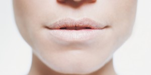 Causes of dry lips 01