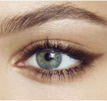 lower lashline eyeliner 02