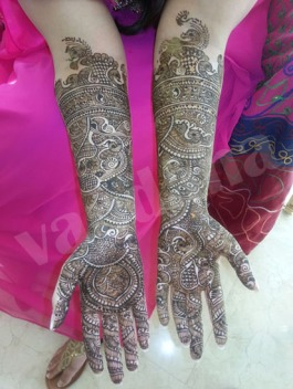 Mehndi designs by Vandana Makkar 01
