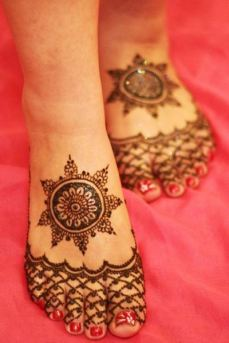 Mehendi designs for feet 07