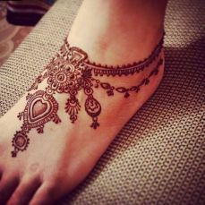 Mehendi designs for feet 08
