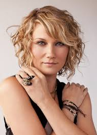 Short curly hairstyles 07