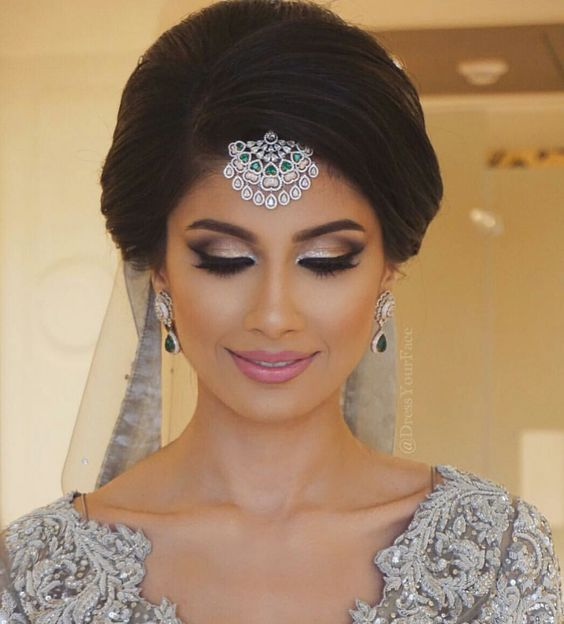 Wedding Hairstyles Indian: 18 Most Pinned Indian Bridal Hairstyles