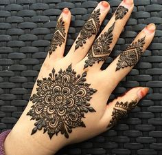 Beautiful mehndi designs 06