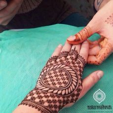 Beautiful mehndi designs 15