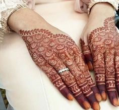 awesome-mehndi-designs-05