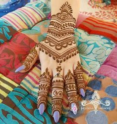 beautiful-mehndi-designs-21