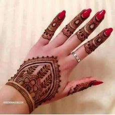 beautiful-mehndi-designs-25