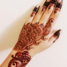 beautiful-mehndi-designs-34