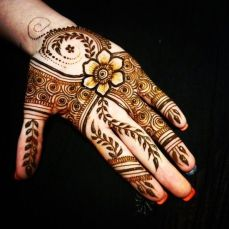 mehndi-designs-for-diwali-35