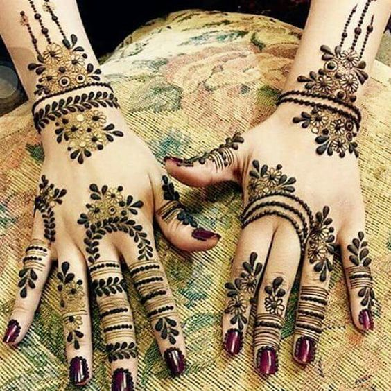 Henna Tattoo Designs For Diwali: Top 19 Beautiful Floral Mehndi Designs For Diwali