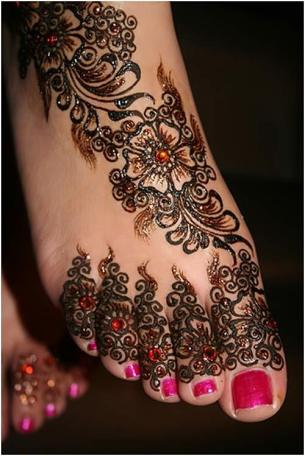 bridal-mehendi-designs-11