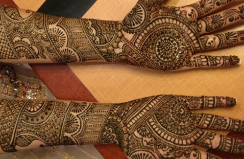 bridal-mehendi-designs-17
