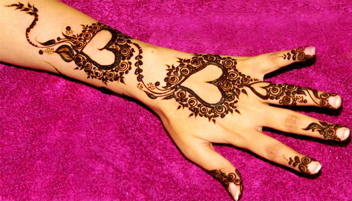 20 Romantic Henna Designs To Apply On Valentine S Day Indian