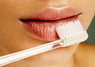 how-to-cure-chapped-lips-05