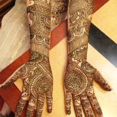 intricate-mehendi-designs-06