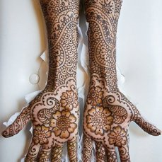 intricate-mehendi-designs-11