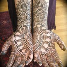 intricate-mehendi-designs-12