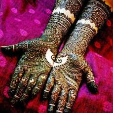 intricate-mehendi-designs-14