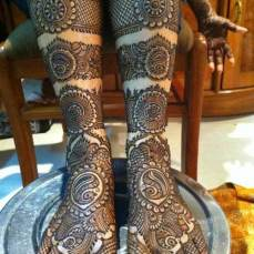 intricate-mehendi-designs-15