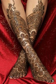 intricate-mehendi-designs-20