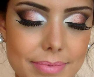 white-eyeshadow-to-look-awake-06