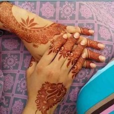 Beautiful Mehndi Designs 70