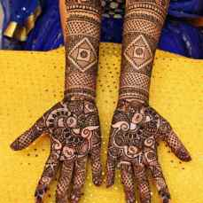 Beautiful Mehndi Designs 74