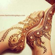 Beautiful Mehndi Designs 78