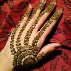 Beautiful Mehndi Designs 79