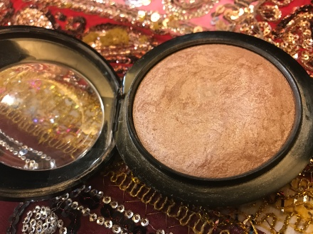 MAC Mineralize Skinfinish - Soft and Gentle 01