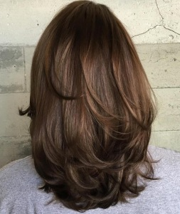 medium length hairstyles 34