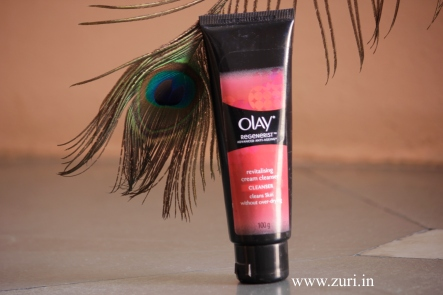 Olay Regenerist Advanced Anti-Ageing Revitalizing Skin Cream Cleanser 02